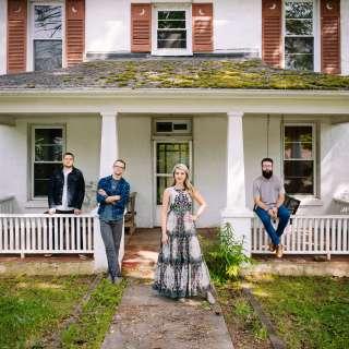 Summer Brooke & Mountain Faith Band in Concert