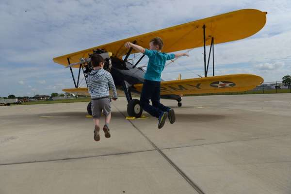 Summer Programs Take Flight at Lone Star Flight Museum