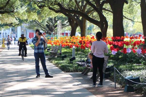 Houston Center for Photography Classes at Discovery Green