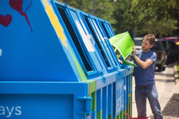 Recycling Saturdays at Discvoery Green