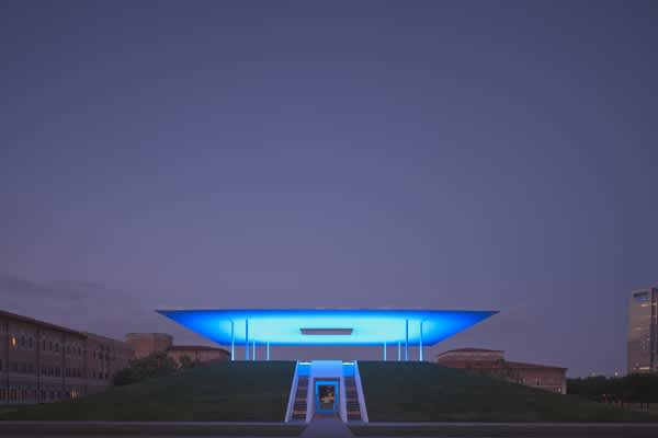 "James Turrell ""Twilight Epiphany"" Skyspace at Rice University"