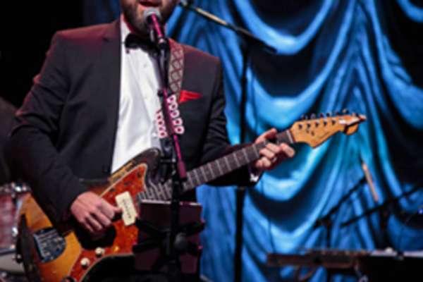 Bob Schneider's Moonlight Orchestra Holiday Show
