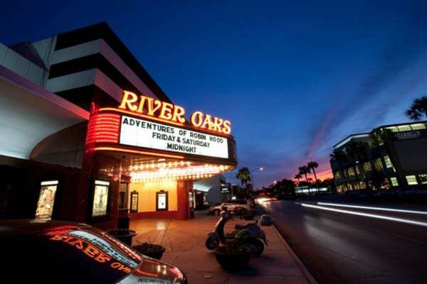 Landmark River Oaks Theatre