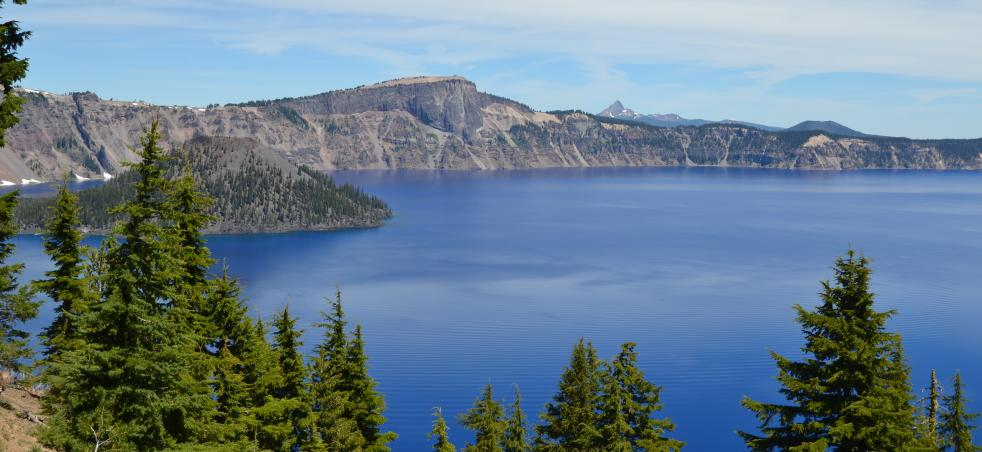 Crater Lake National Park   Eugene, Cascades & Oregon Coast