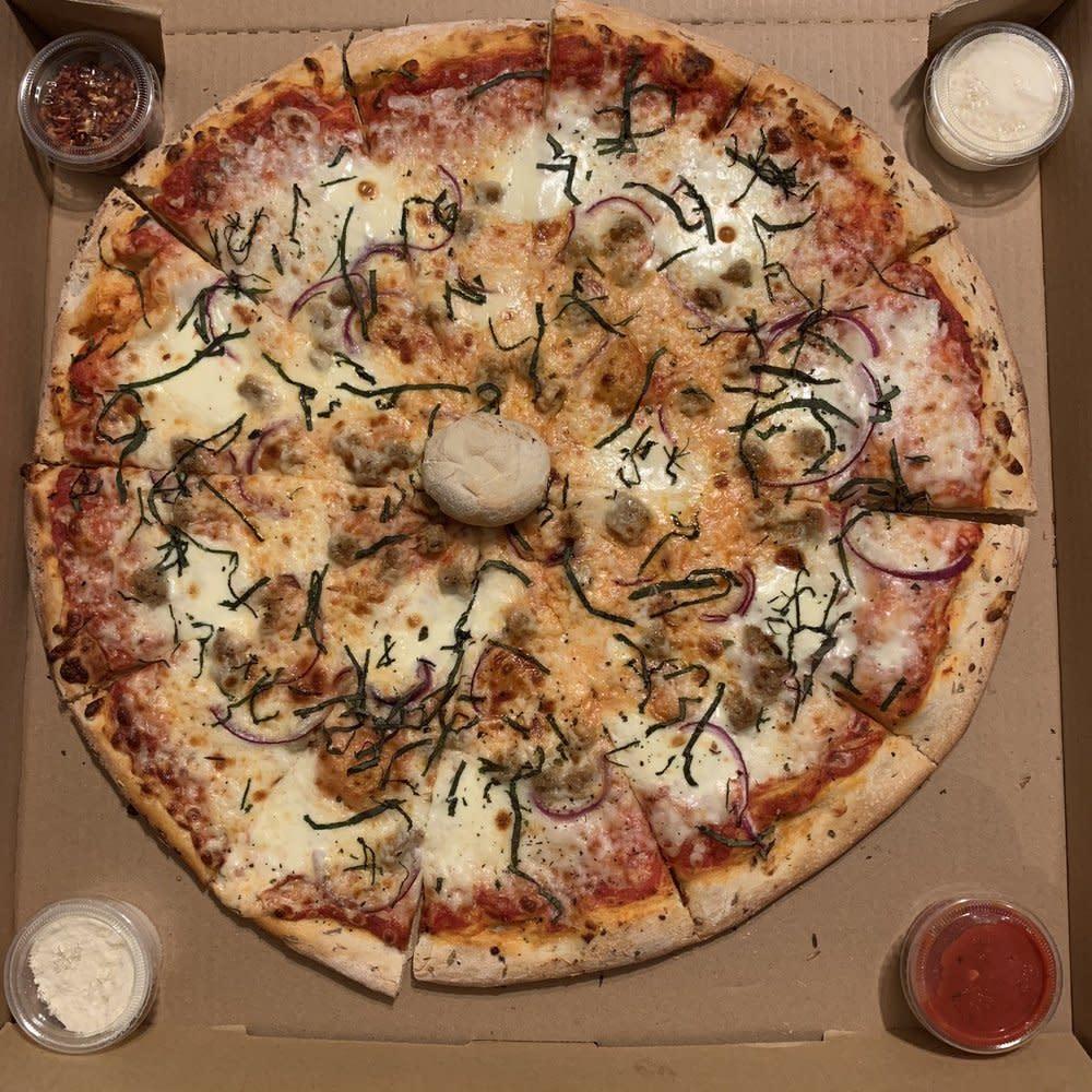 Stoney's Pizza in Huntington Beach