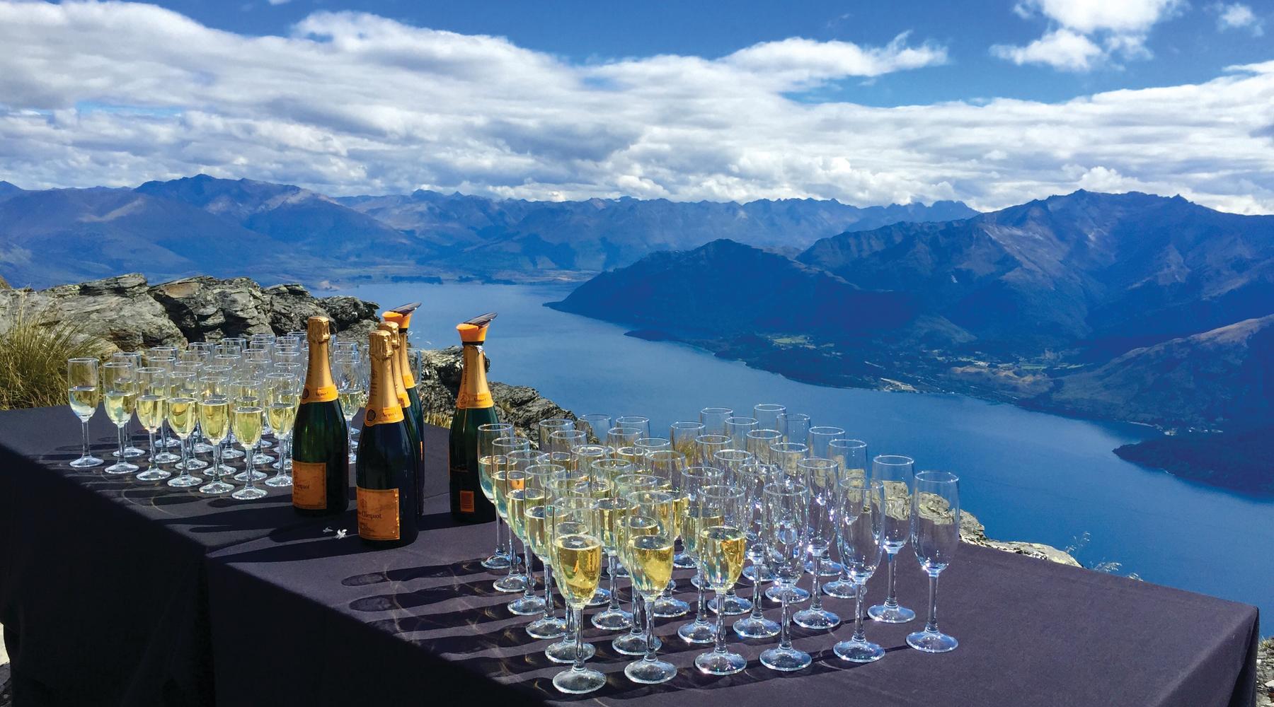 Cecil Peak Champagne