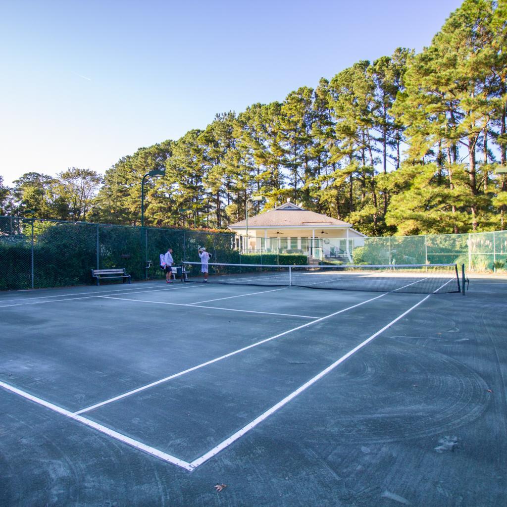 Baywood Racket Club 1