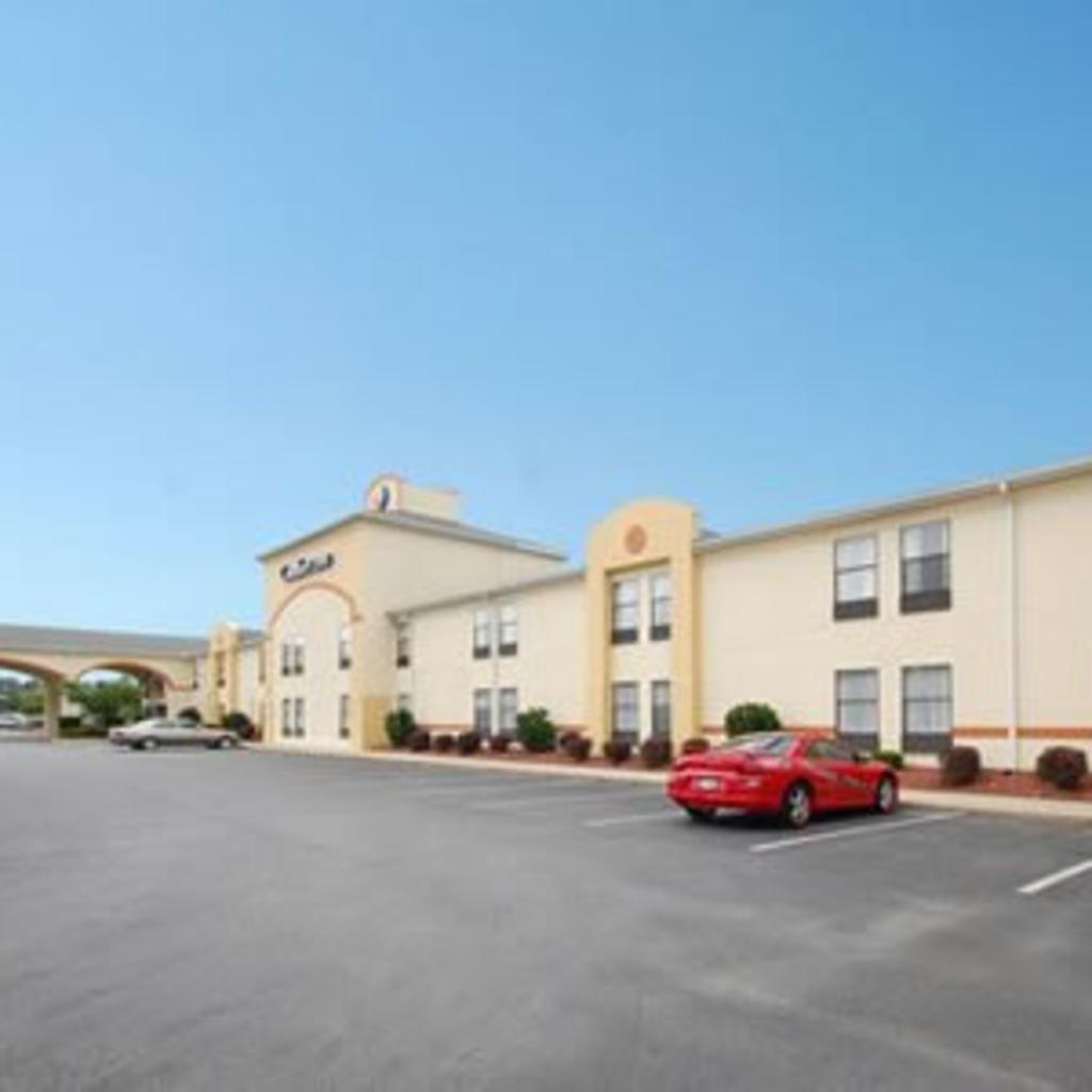 comfort-inn-greenville.jpg
