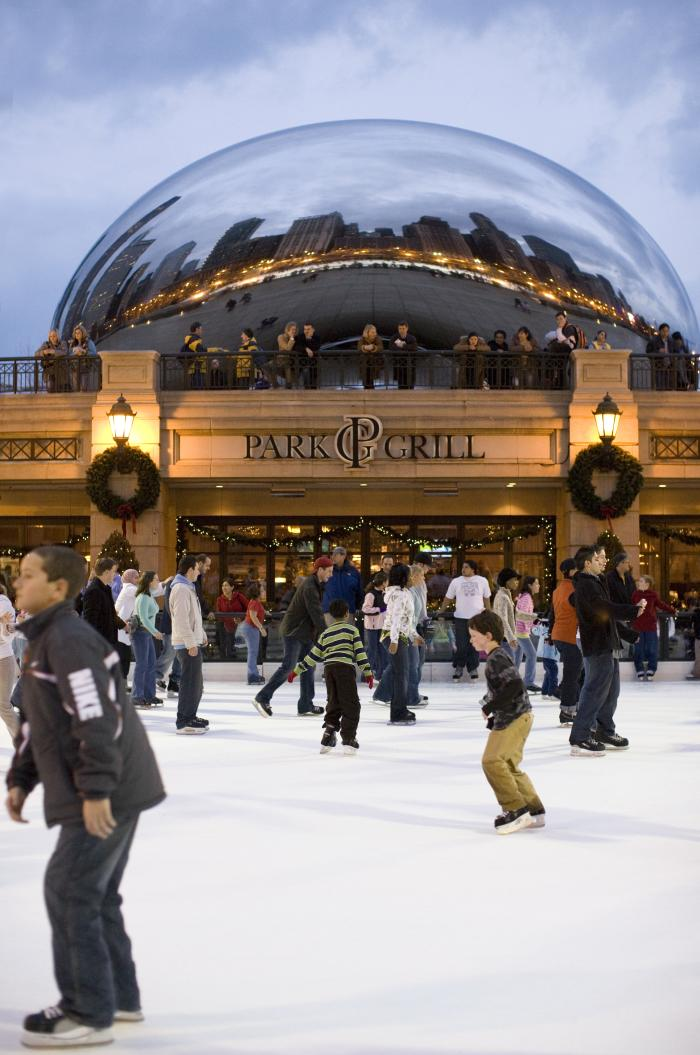People ice skating at Millennium Park in Chicago