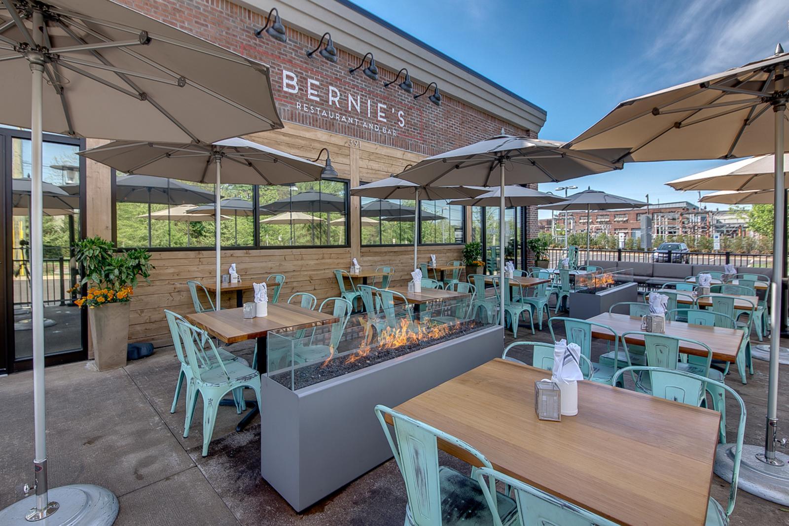 Outside Bernie's Restaurant & Bar Glenside 2017