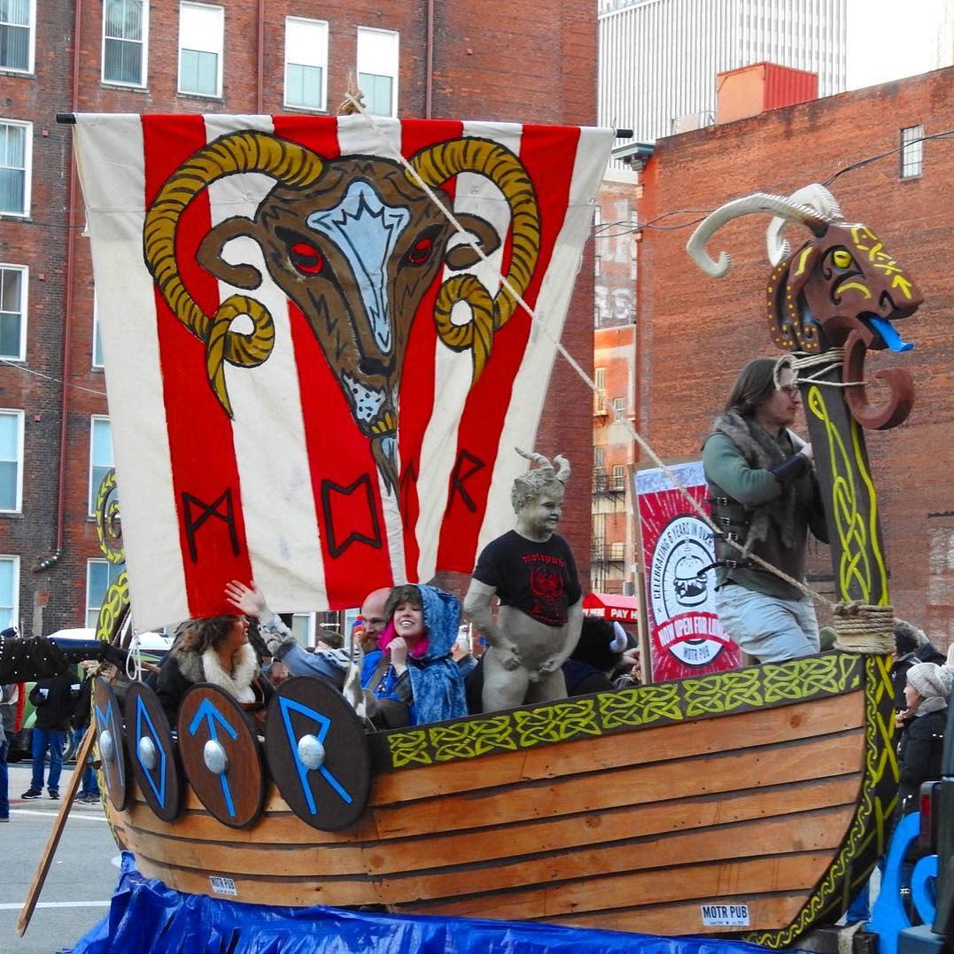 Bockfest parade float Motr