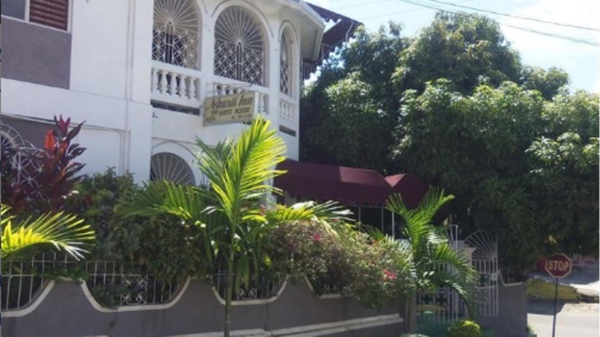 Ashanti Inn