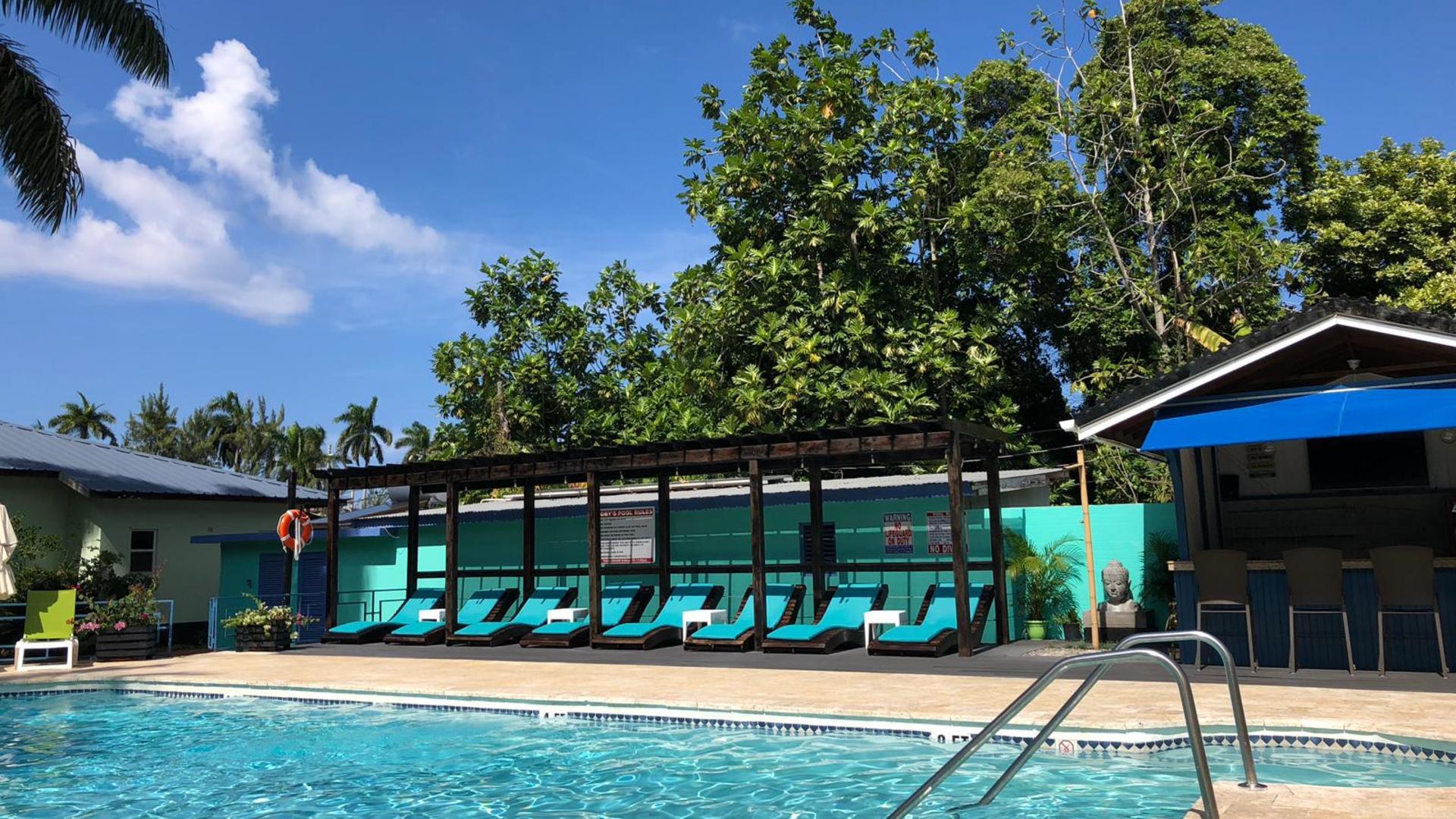 Toby's Inn Resort