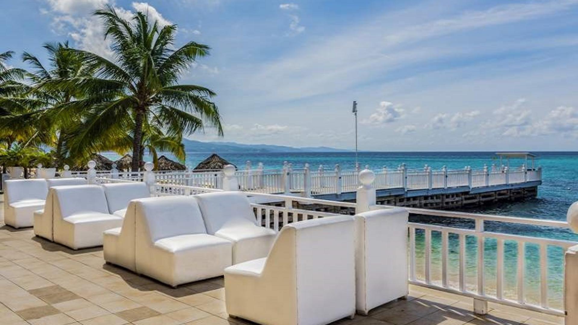 Playa- Royal Decameron Montego Beach