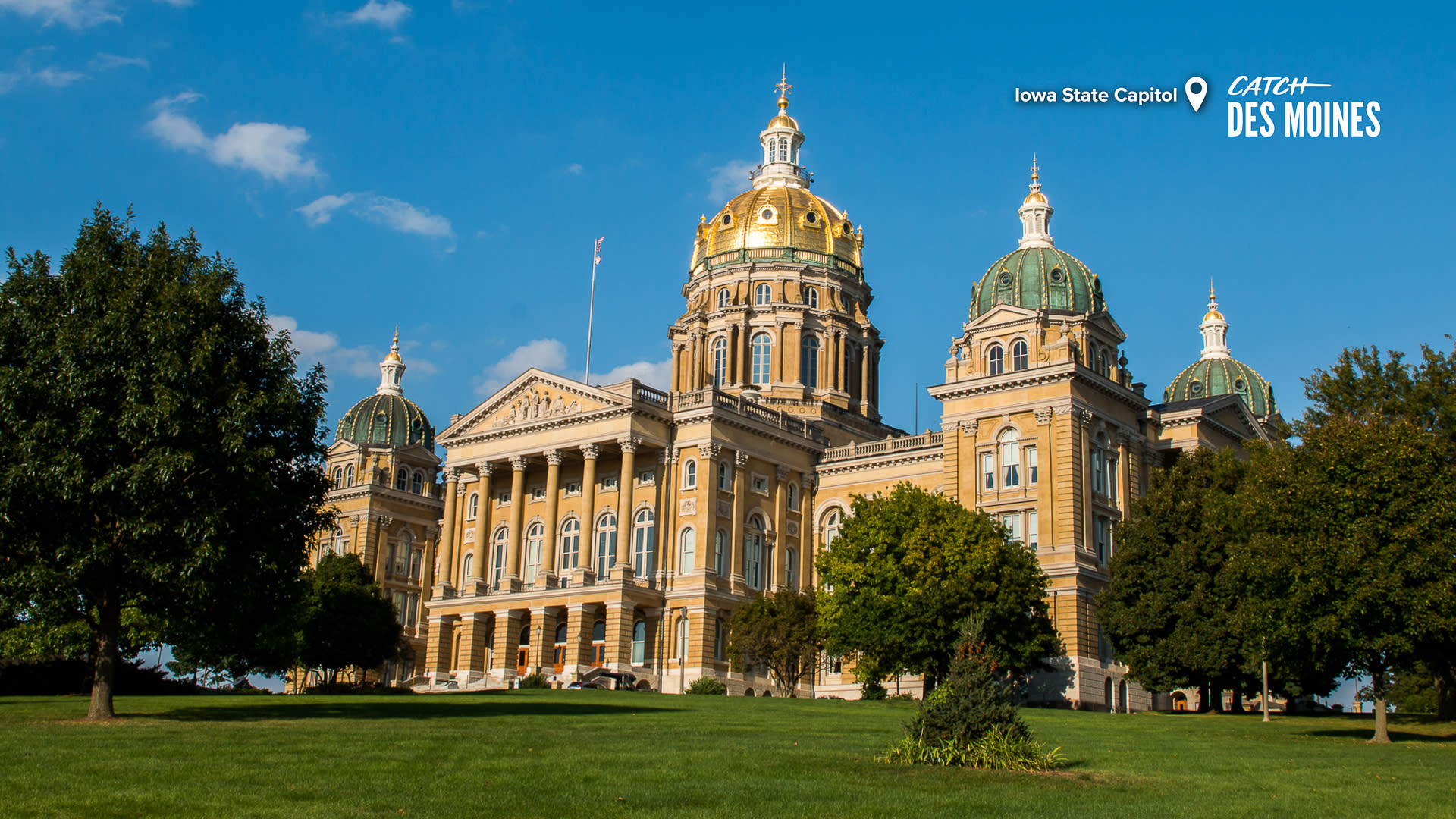 Iowa State Capitol Exterior Zoom Background