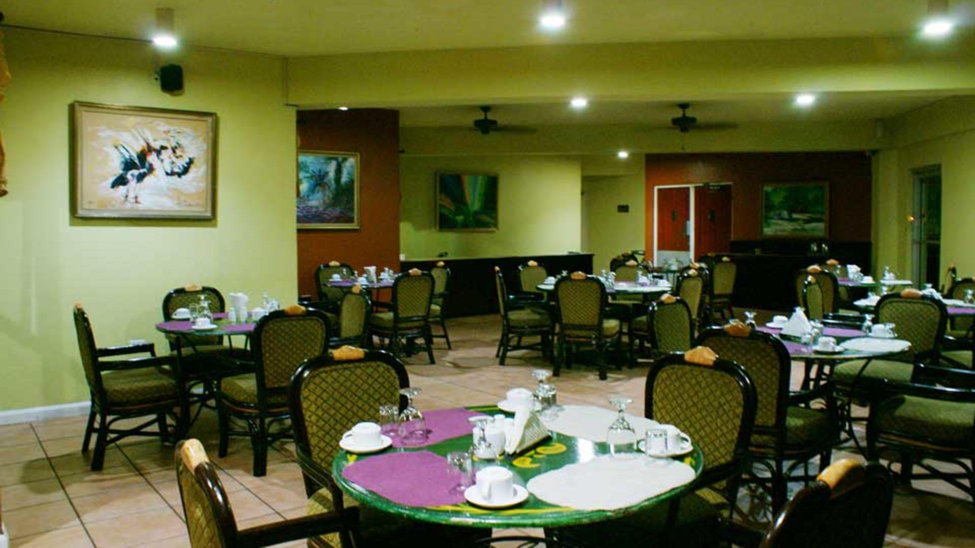 Altamont_Court_restaurant