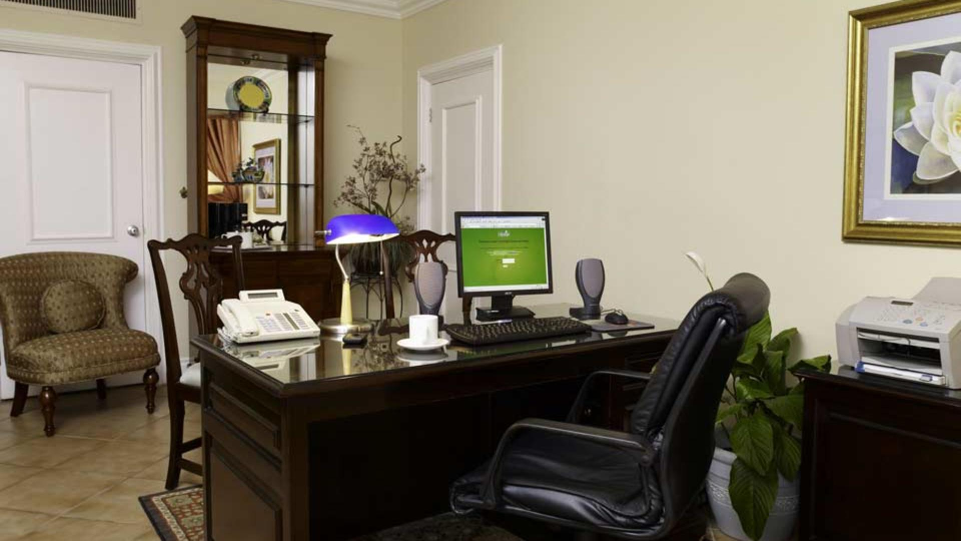 Courtleigh-Exec-Office-Suite