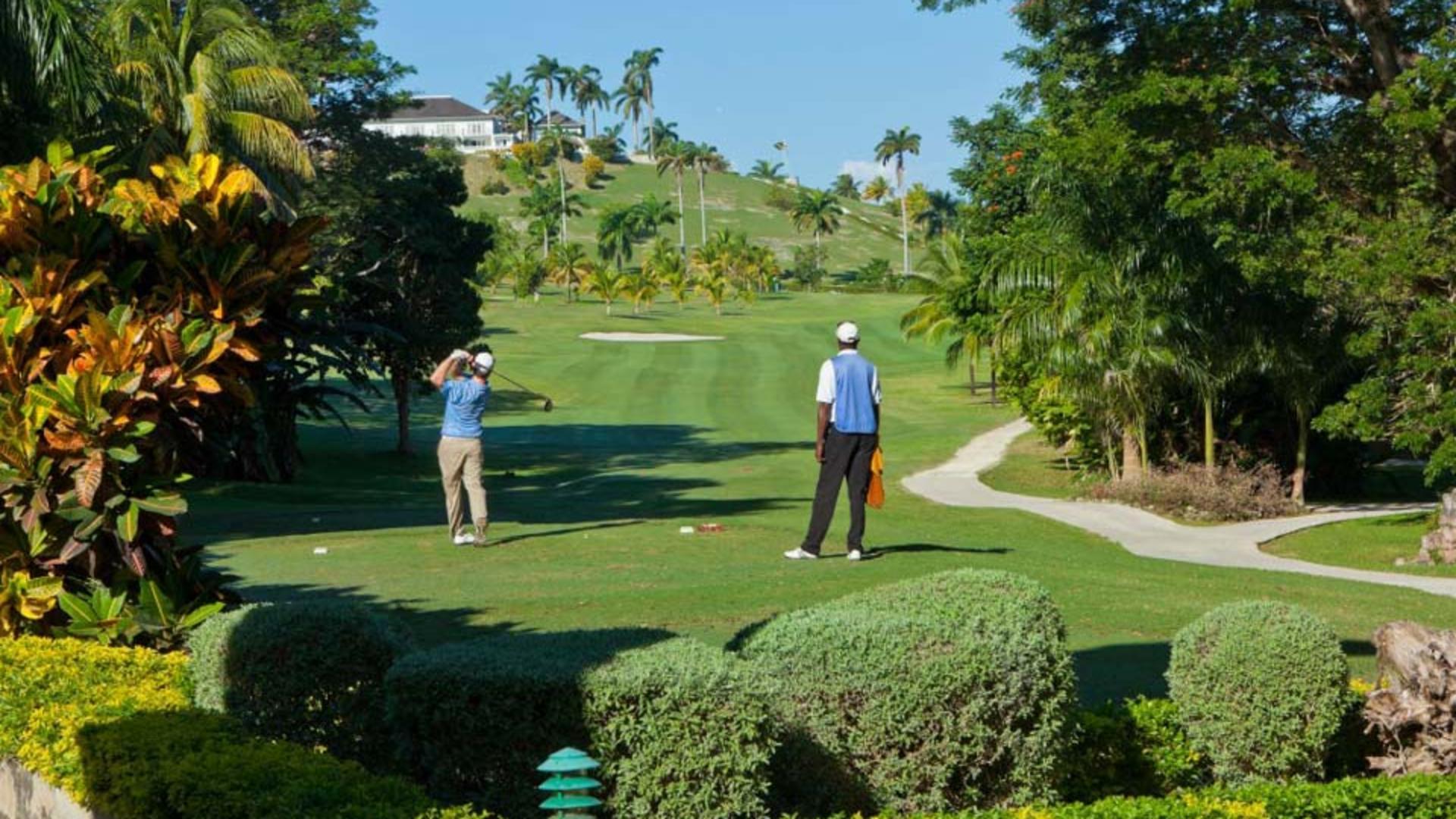 Golf-at-TRyall-tryallgolf20