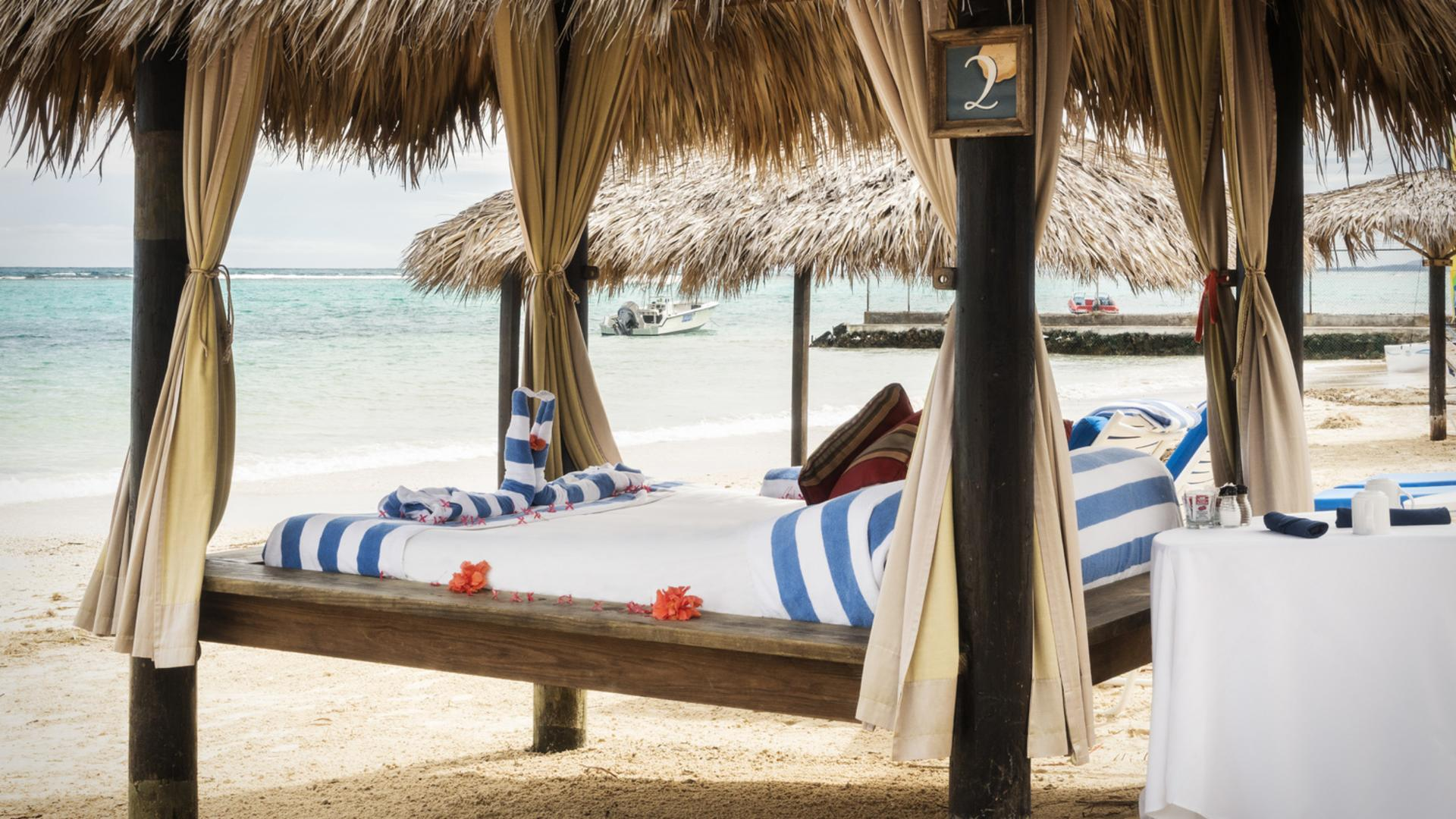 Jewel Dunn's River Beach Cabana