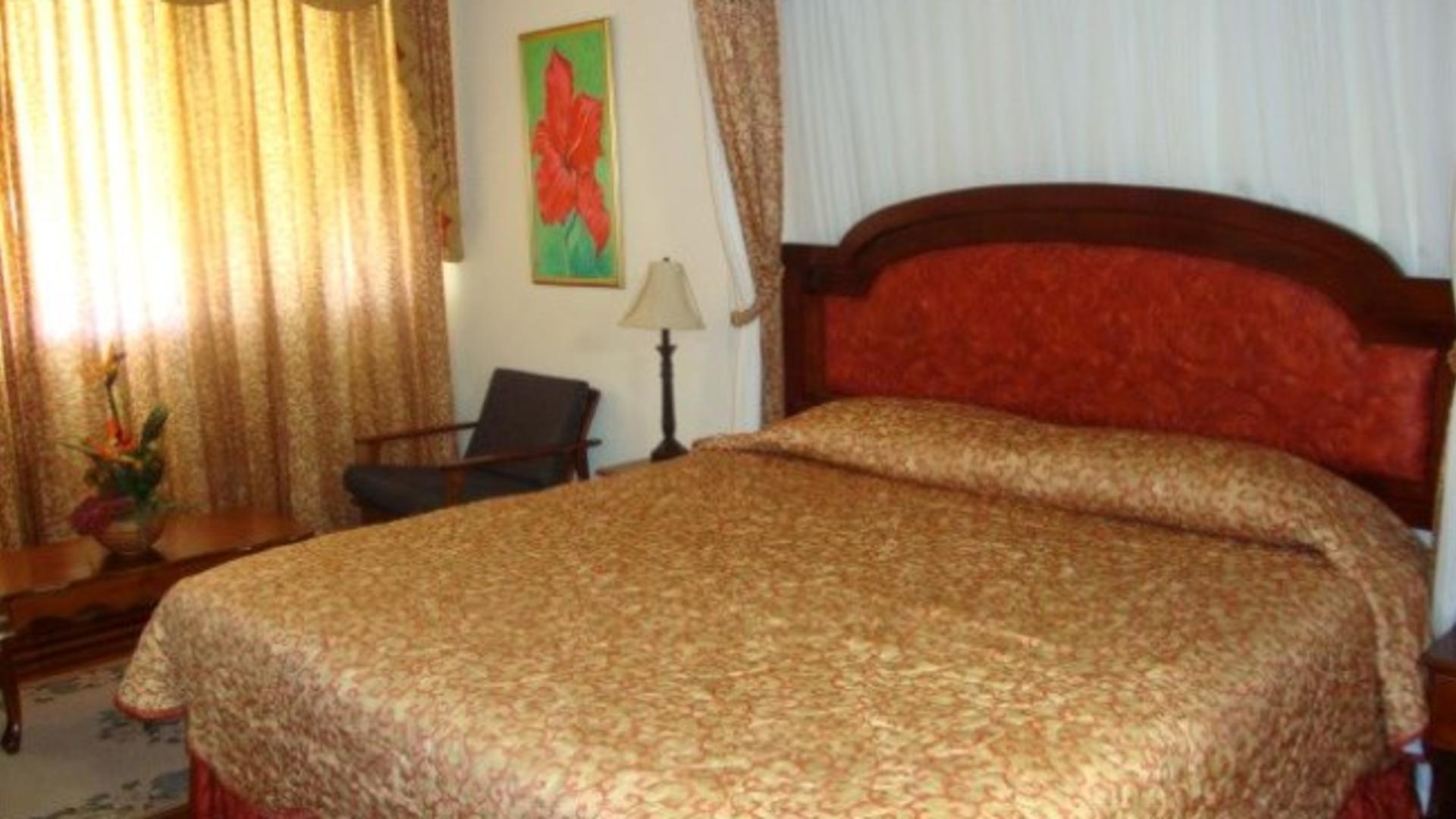 Mona Visitors Lodge_bedroom