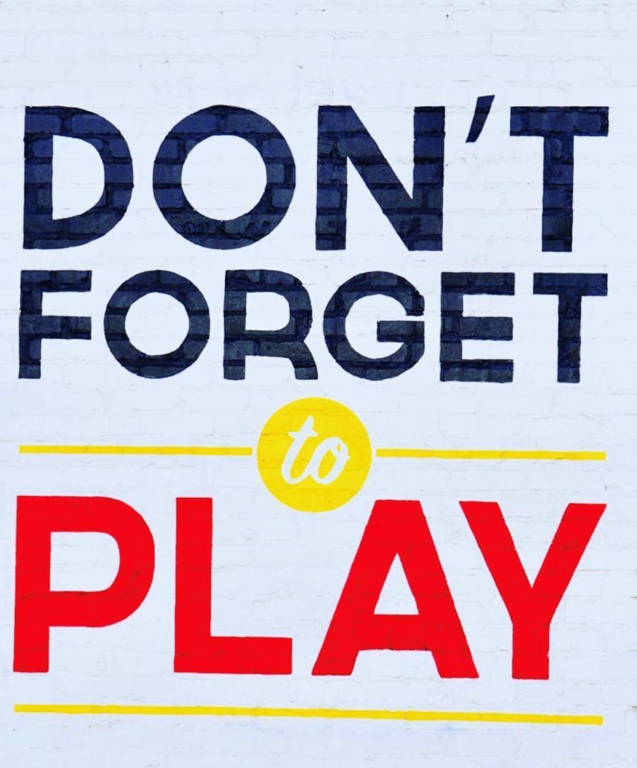 Zenovia Stovehouse Don't Forget To Play Signage