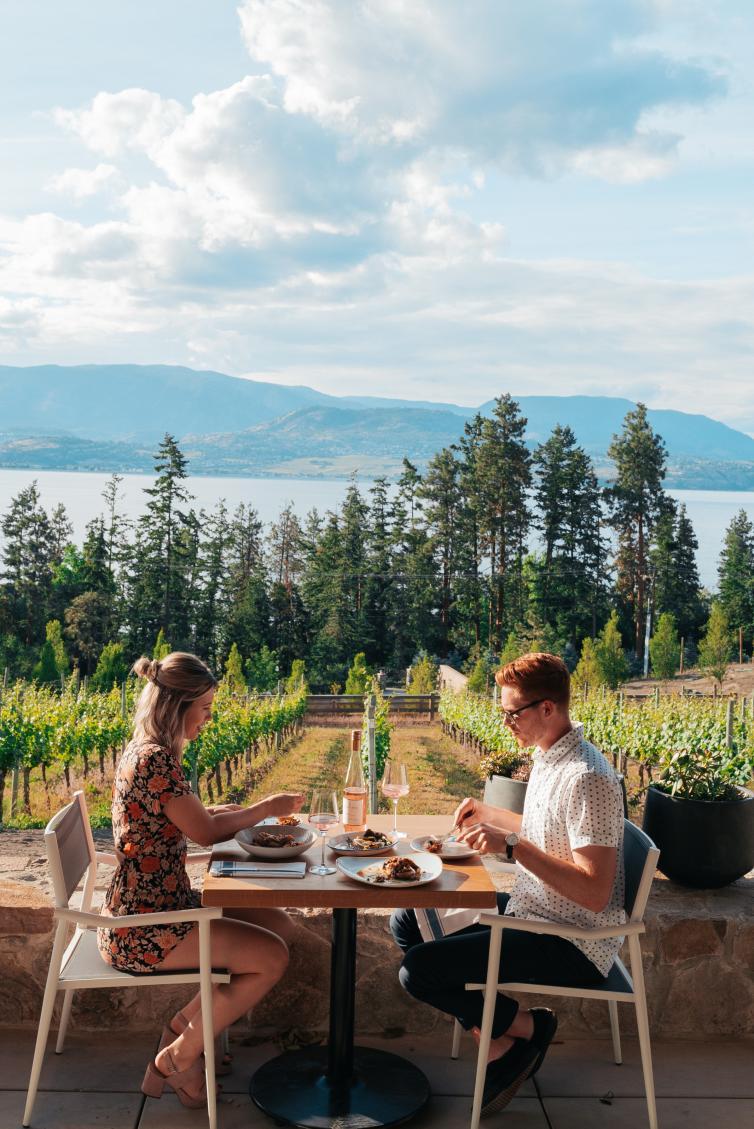 Home Block Restaurant at CedarCreek Estate Winery (2)