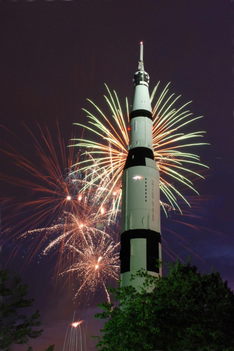 Fireworks Extravaganza at U.S. Space & Rocket Center in Huntsville, Alabama via iHeartHsv.com
