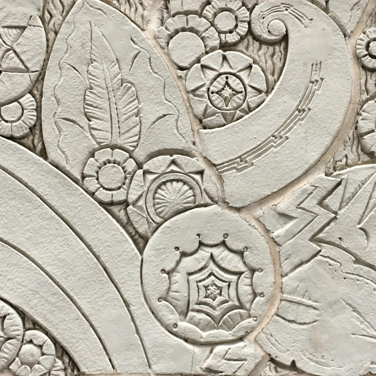 Tropical flower carving - building bits