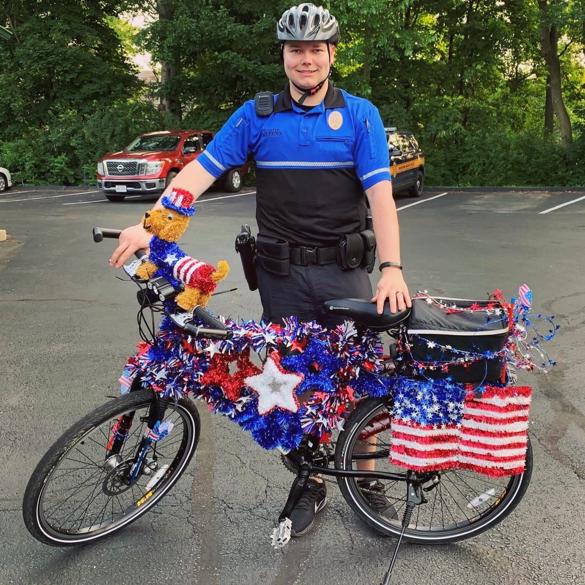 Grandview Heights Police patriotic bike decoration