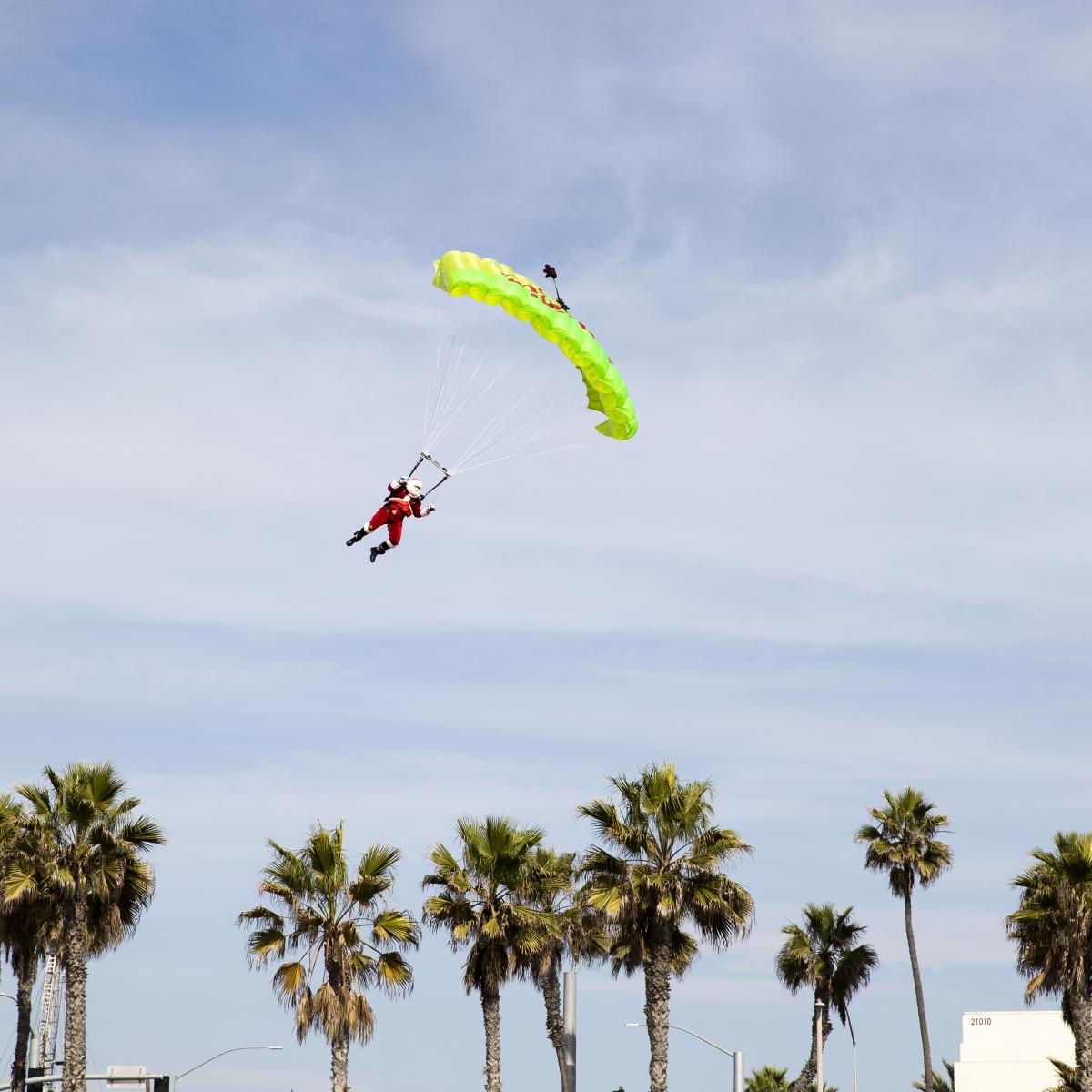 Santa Claus Sky Diving Arrival in Huntington Beach