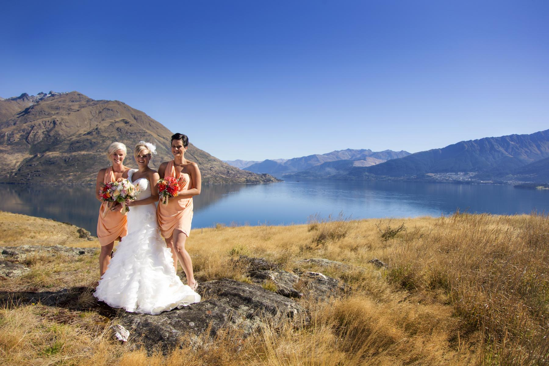 Bride and Bridesmaid wedding photos in Queenstown