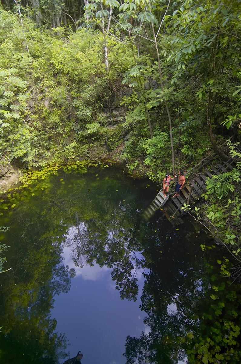 Ruta de los Cenotes - 03 - Couple Zapote