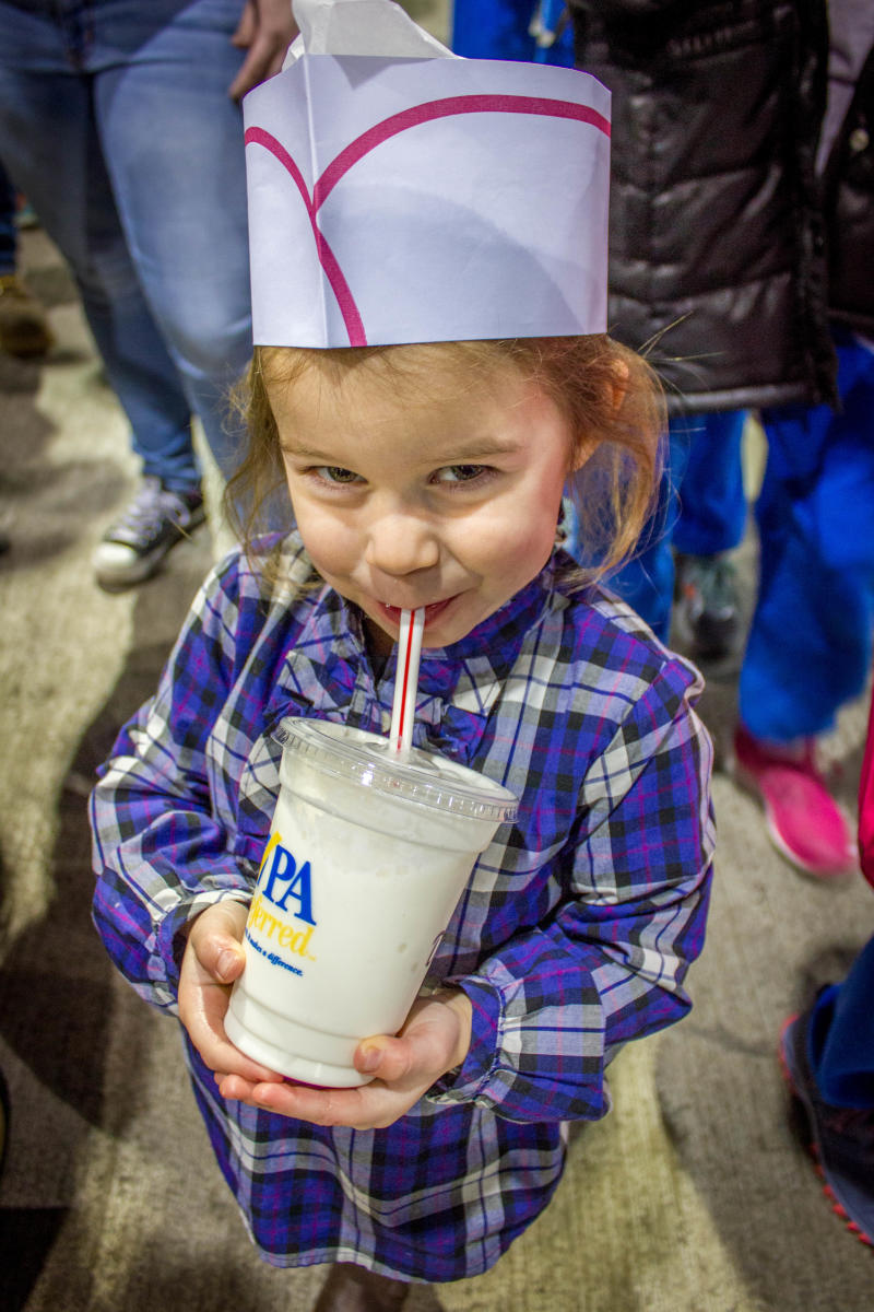 farm show milk shake