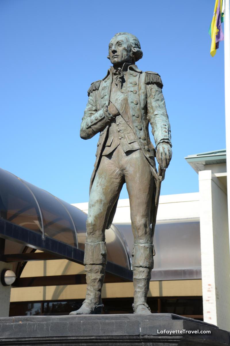Marquis de Lafayette Statue