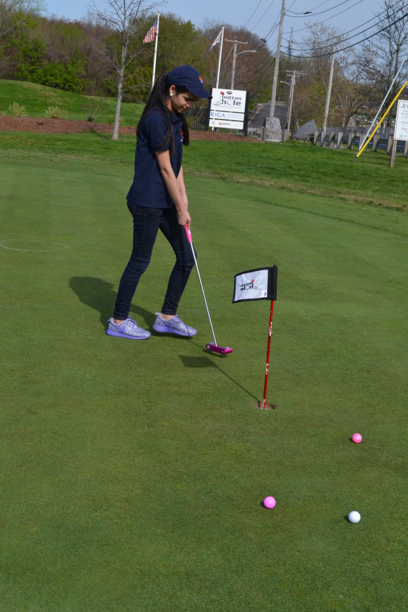 Button Hole Putting