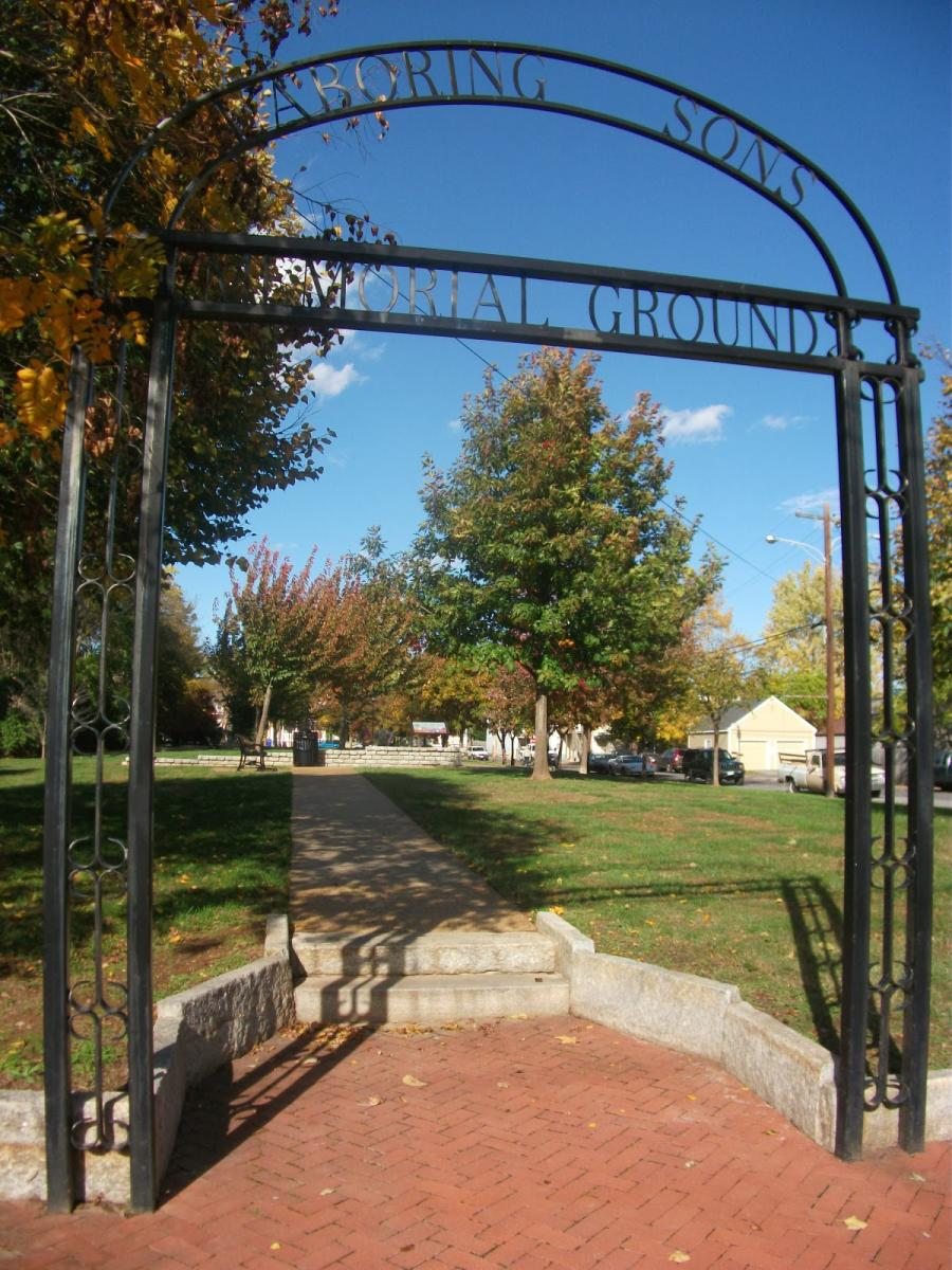 Entrance to the Laboring Sons Memorial Park