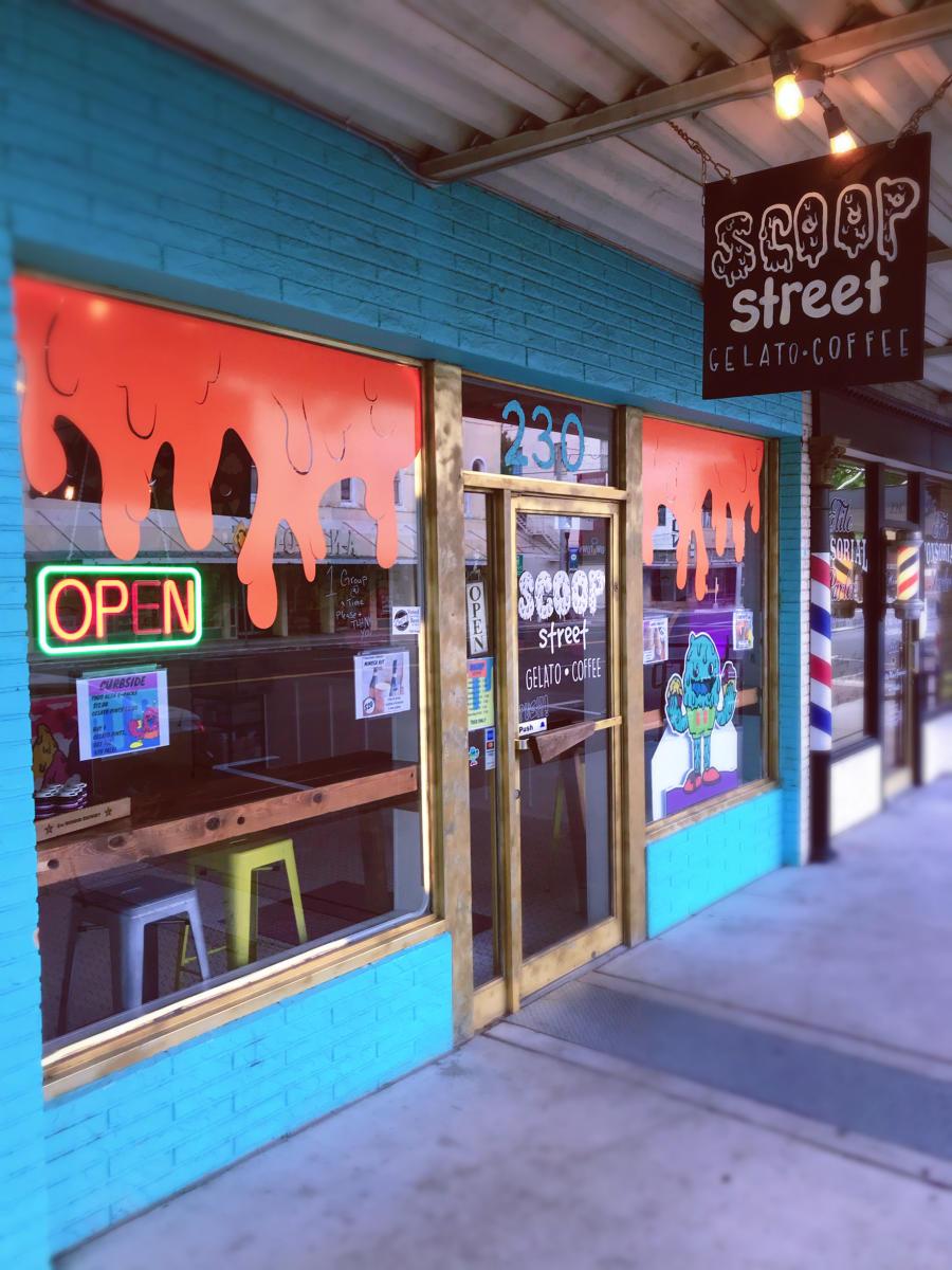 Scoop Street (1)