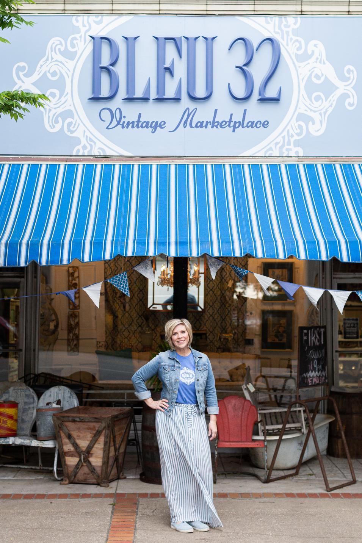 Bonnie Esslinger, Bleu 32
