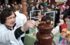 Chocolate Fountain at Chocolate World Expo (c) by photographer Chuck Fishman
