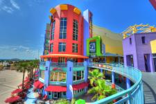 Shopping at Ocean Walk Shoppes
