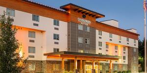 Pet-Friendly Hotels In Vancouver, WA Near Portland | Candlewood Suites  Vancouver-Camas