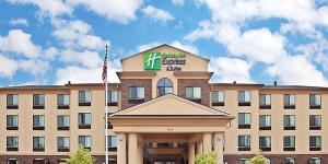 Hotels In Vancouver, WA Near Portland Airport | Holiday Inn Express &  Suites Vancouver Mall/Portland Area