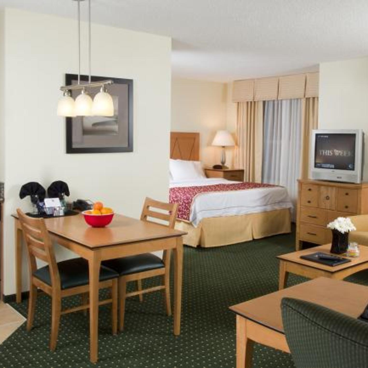 Residence Inn by Marriott Harrisburg Carlisle Studio King Suite