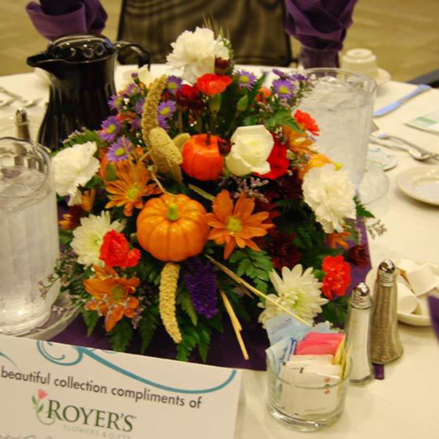 Royer's Flowers Carlisle Fall Banquet Centerpiece