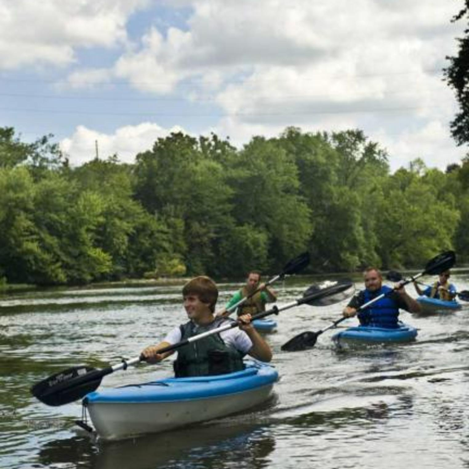 Group kayaking on the Conodoguinet Creek