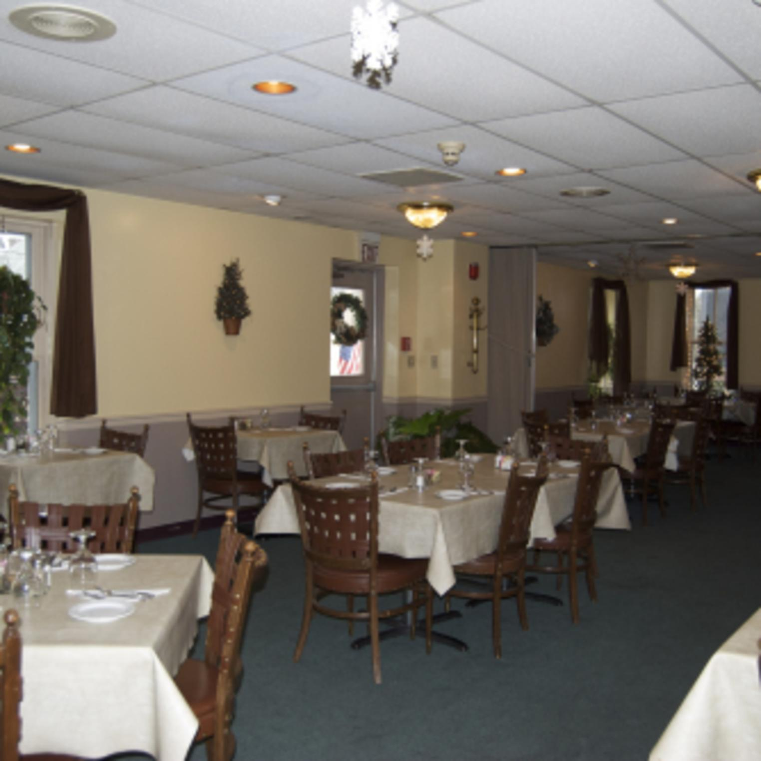 Cassell's Grille Dining Room