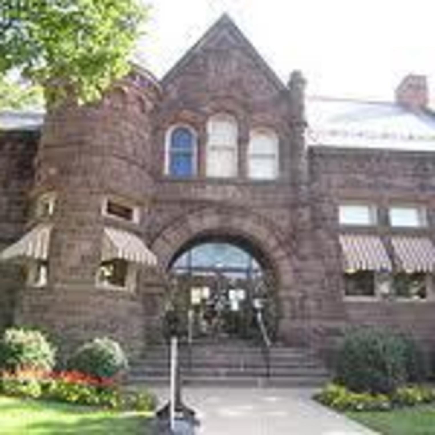 Amelia Givin Library