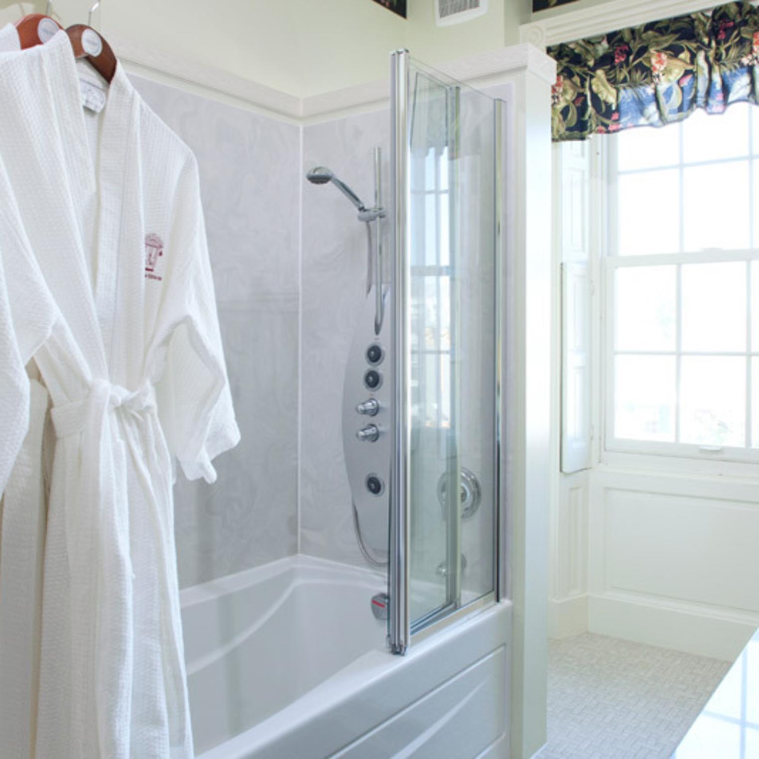 Private Luxurious Bathroom