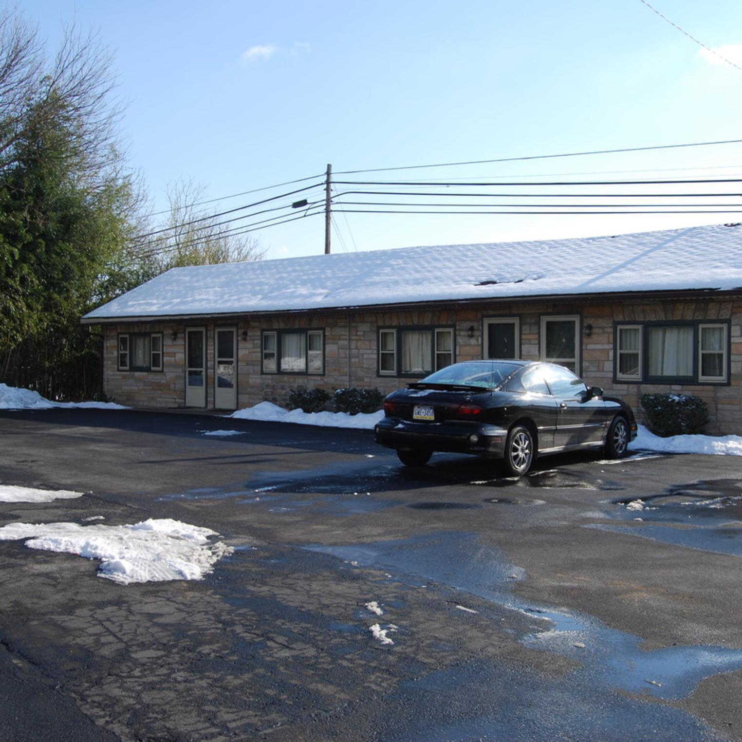 Cumberland Valley Motel Exterior