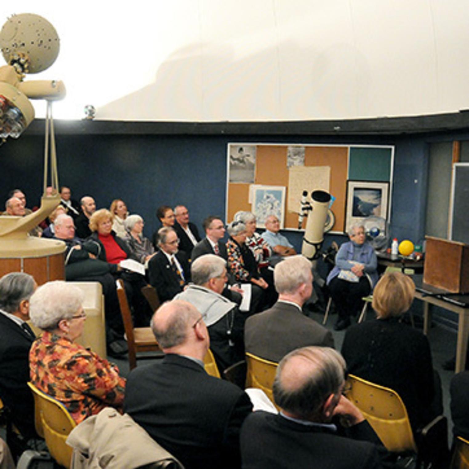 Dibert-Roddick Planetarium